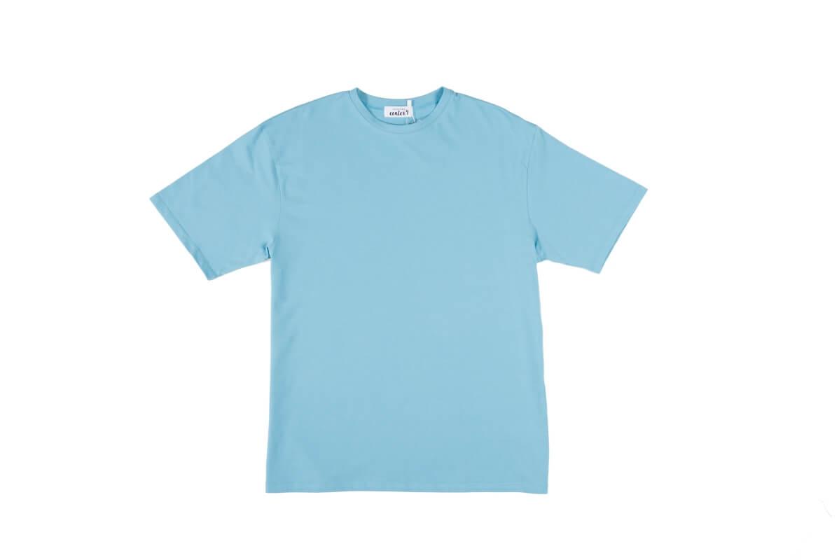 Zdjęcie niebieskiego t-shirt dla center 9